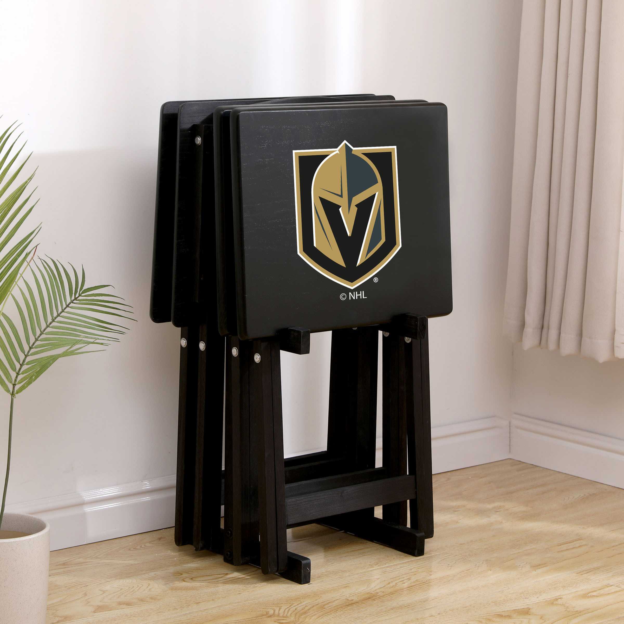 GOLDEN KNIGHTS TV TRAYS W/ STAND